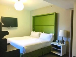 Hotel Cass King Room