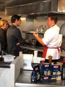 Federer and Shiffrin head into the kitchen!