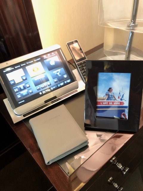 Personalized Photo Frame Courtesy of Peninsula Paris