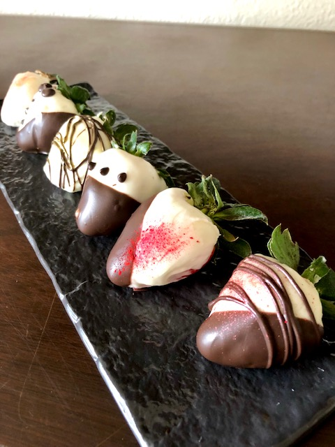 Beautiful Chocolate Covered Strawberries