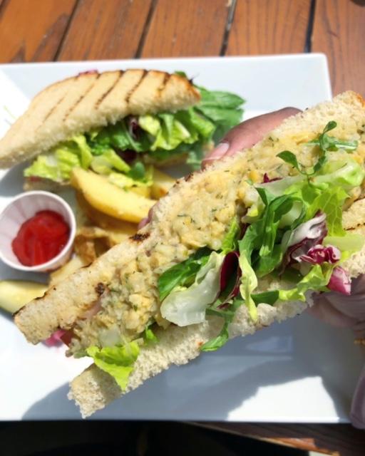 """Vegan """"Tuna"""" Sandwich"""